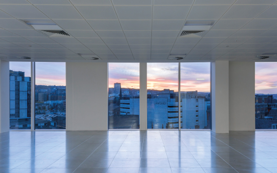 The flexible floorplates are column free, and the floor to ceiling height glazing allows the occupier to enjoy spectacular views across the city.
